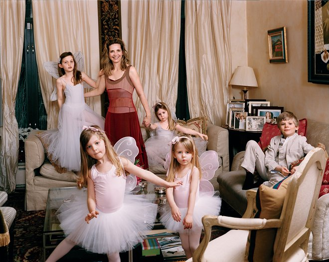 Amanda Foreman with her children, (from left) Helena, Xanthe, Halcyon, Hero, and Theo, at their home in New York, 2011. Photographed by Tina Barney, Vogue, June 2011